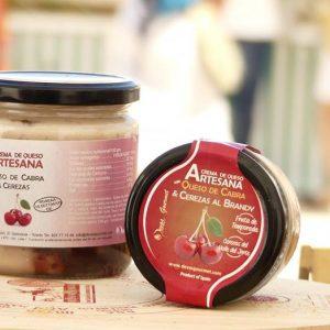 Crema de Queso Artesana con Queso Cabra & Cerezas-Brandy