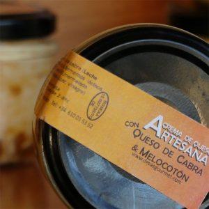 Crema de Queso Artesana con Queso de cabra & melocotón de La Puebla